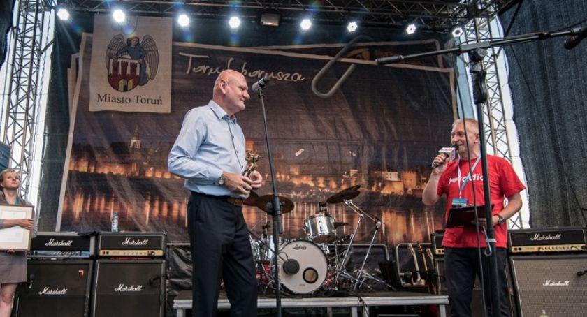 Komunikaty, Najlepsi toruńscy artyści wystąpią scenie letniej Wiśle - zdjęcie, fotografia