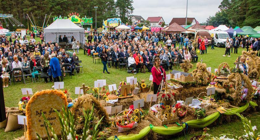 Powiat toruński, bawiliście dożynkach Obrowie [FOTO] - zdjęcie, fotografia