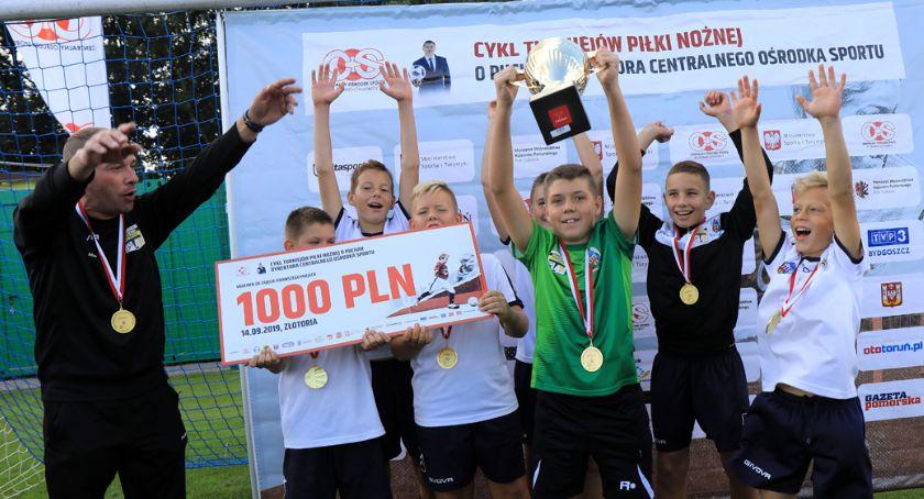 Piłka Nożna, Toruń wygrała turnieju młodych piłkarzy Złotorii [FOTO] - zdjęcie, fotografia