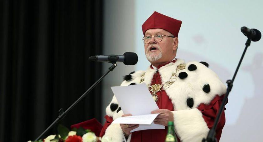 Uczelnie wyższe, zaniepokojony rektora spływają pogróżki anonimy - zdjęcie, fotografia