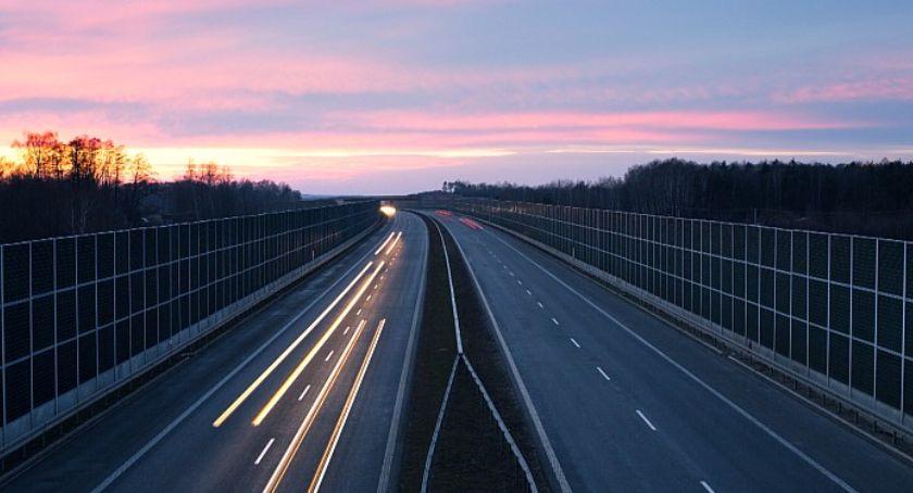 Drogi, Mieszkańcy odetchną ulgą okolicach Torunia zmniejszy hałas autostradzie - zdjęcie, fotografia