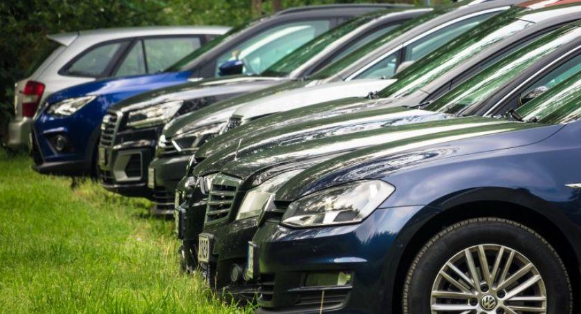 Drogi, Miasto zamierza zmienić politykę parkingową centrum Torunia - zdjęcie, fotografia
