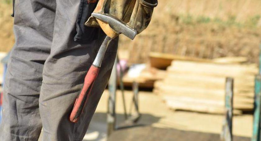 Wypadki, Śmierć budowie Toruniu żyje letni mężczyzna - zdjęcie, fotografia