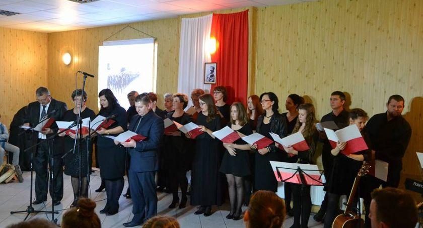 Komunikaty, Przed koncert okazji Święta Niepodległości Osieku Wisłą - zdjęcie, fotografia