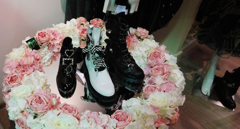 Ciekawostki, Black Friday ubrać modnie oszczędzić cenny - zdjęcie, fotografia