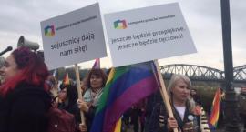 Marsz pod tęczową flagą przeszedł przez Toruń. Czy było spokojnie?