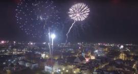 Efektowne powitanie nowego roku w Toruniu [WIDEO]
