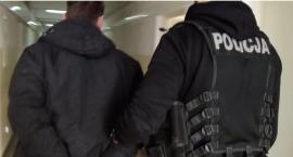 Marketowy złodziej zatrzymany przez toruńskich policjantów [WIDEO]