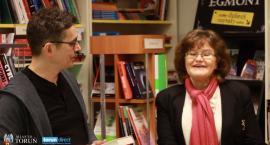 Jak się robi biznes na starówce? Rozmawiamy z Elżbietą Błażejewską z księgarni Atlas [WIDEO]
