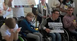 Protest rodziców niepełnosprawnych dzieci. Torunianka szykuje niespodziankę dla rządzących