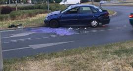 Uwaga! Wypadek na rondzie w Toruniu [FOTO]