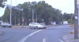 Kolizja dwóch samochodów osobowych na ulicy Grudziądzkiej [WIDEO]