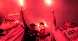 Tak kibice na Rynku Staromiejskim świętowali awans Elany Toruń! [FOTO, WIDEO]