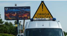 Groźny wypadek w Toruniu. Tir potrącił rowerzystkę