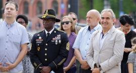 Amerykańscy żołnierze wyróżnieni przez marszałka województwa [FOTO]