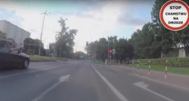 """""""Stop Cham"""" z Torunia - sprzeczka kierowcy samochodu z rowerzystą [WIDEO]"""