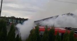 Pożar pod Toruniem. Na miejscu 12 zastępów straży pożarnej