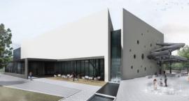 Czy przebudowa basenu na Bażyńskich jest zagrożona? Miasto wyjaśnia