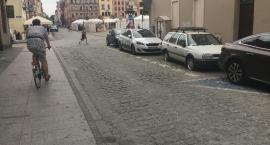 Problemy z parkowaniem na starówce. Jest odpowiedź MZD