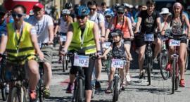 """Przed nami cykl rajdów rowerowych """"Ku Niepodległej"""". Jeden z nich odbędzie się w Toruniu"""