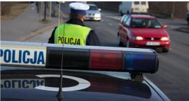 Groźny wypadek w Toruniu. Kierowca potrącił pieszego na przejściu i odjechał