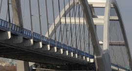 Groźny wypadek na nowym moście. Kto widział to zdarzenie?