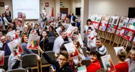 Powiat toruński nagrodził młodych artystów. Podsumowanie kolejnego konkursu plastycznego [FOTO]