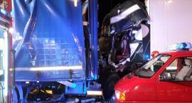 Wypadek pod Toruniem. Nie żyje młody kierowca, trzy osoby ciężko ranne [FOTO]
