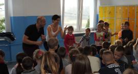 Lokalni idole odwiedzili uczniów w lubickich szkołach [FOTO]