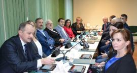 Za nami pierwsze posiedzenie nowych radnych gminy Chełmża [FOTO]