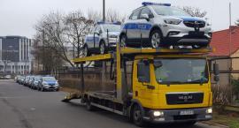 Nowe samochody dla toruńskich policjantów. Wśród nich nieoznakowany pojazd [FOTO]