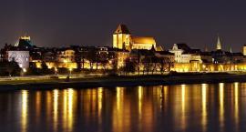 Gdzie w przedświątecznej gorączce zjeść coś dobrego w Toruniu?
