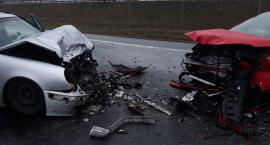 Śmiertelny wypadek na trasie Toruń-Włocławek. Nie żyje 72-letnia kobieta [FOTO]