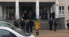 Alarm bombowy na Uniwersytecie Mikołaja Kopernika [PILNE]