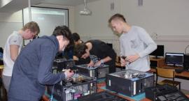 W Zespole Szkół, CKU w Gronowie pomagają zdobyć kwalifikacje przydatne na rynku pracy [FOTO]