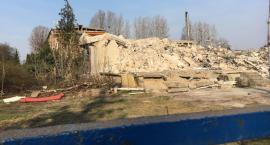 Koniec pewnej epoki. Symbol Torunia legł w gruzach... [FOTO]