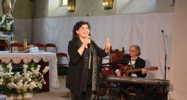 Eleni zaśpiewała dla mam w podtoruńskiej gminie [FOTO]