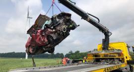 Śmiertelny wypadek pod Toruniem. Kompletnie zniszczone samochody [FOTO]
