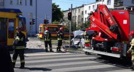 Wypadek w Toruniu. Osobówka wjechała w tramwaj!