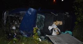 Dramat na drodze pod Toruniem. Nie żyje zaledwie 2-letni chłopiec, jego brat walczy o życie [FOTO]