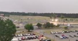 Lampy przestały działać po uderzeniu pioruna w Toruniu [WIDEO]