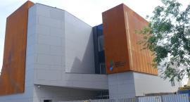W Toruniu powstaje Centrum z rdzawej blachy za prawie 18 milionów zł [FOTO]