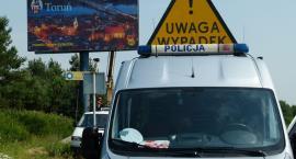 Samochód potrącił kobietę na przejściu dla pieszych w Toruniu