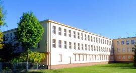 Panika po ogłoszeniu wyników naboru. Kilkuset uczniów nie dostało się do toruńskich szkół!
