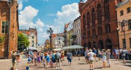 Giełdy w Toruniu. Gdzie i co się negocjuje, kupuje i sprzedaje w mieście?