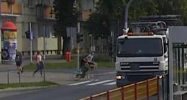 Śmiertelne potrącenie 86-latki na pasach w Toruniu. Sprawcy w rękach policji