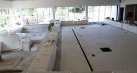 Finiszuje budowa nowego basenu z ruchomym dnem w Toruniu [FOTO]