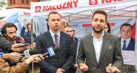 Patryk Jaki i Mariusz Kałużny podpisali w Toruniu siedem zobowiązań