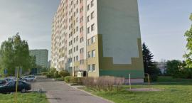 Tragedia w Toruniu. Nie żyje mężczyzna, który spadł z wieżowca