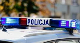 Wandale zniszczyli przystanki autobusowe w Toruniu. Za naprawę zapłacimy my [FOTO]